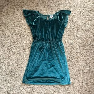 Old Navy velvet green dress. Girls size large